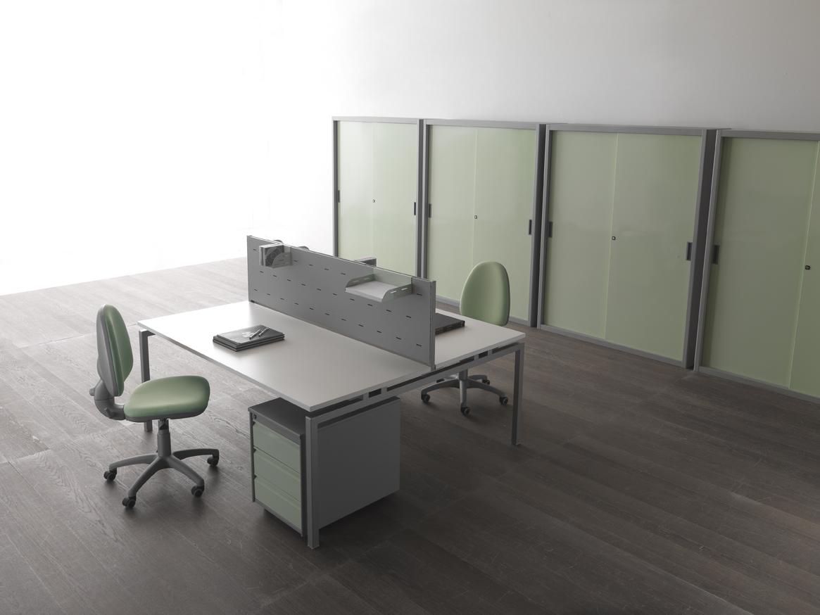 Mobili e scrivanie da ufficio for Arredi e mobili